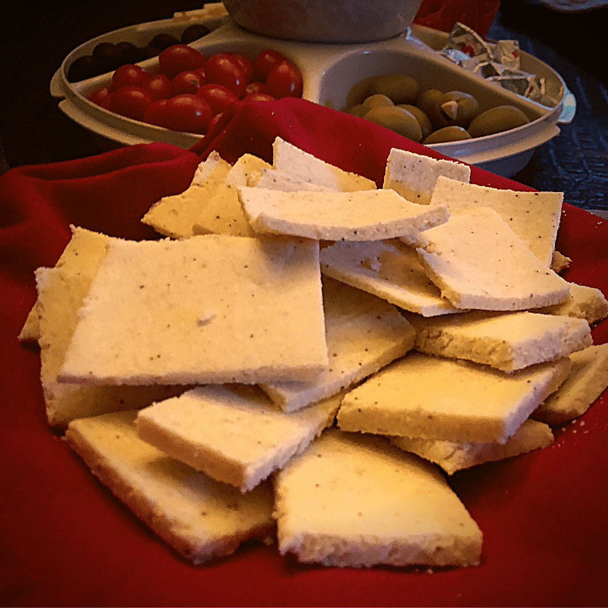 Keto Almond Flour Crackers Recipe