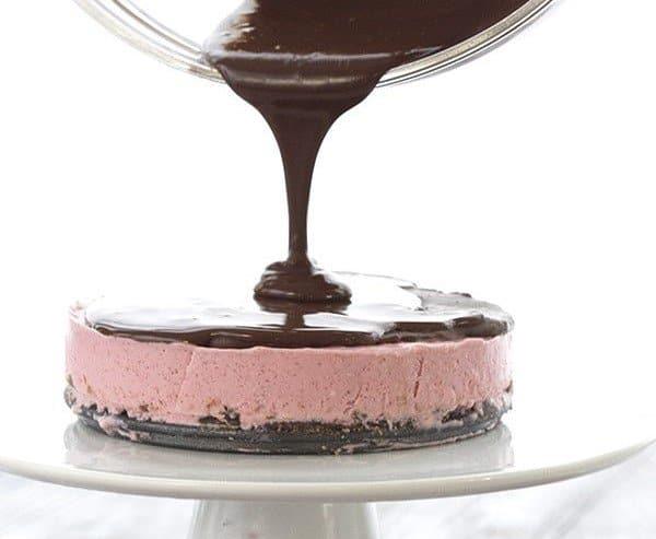 Mini Strawberry Chocolate Cheesecake