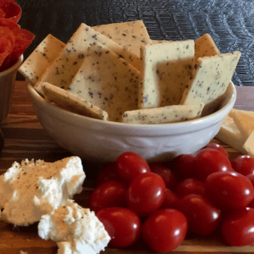 Low Carb Everything Bagel Crackers recipe keto low carb gluten free