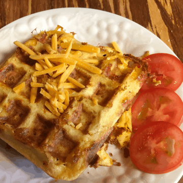 Jalapeno & Cheddar Keto Chaffle recipe gluten free low carb