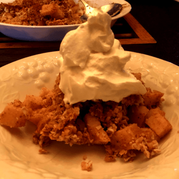 Perfect Keto Green Apple Crumble recipe low carb gluten free dessert