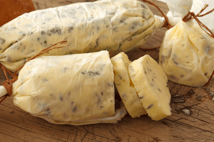 How to wrap sacory butter