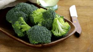 Keto Bacon Broccoli Salad (1)