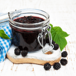 Low carb chia blackberry jam FI