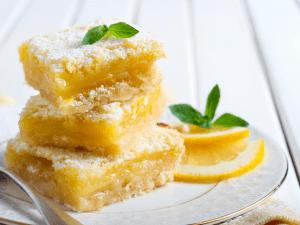 Sugar Free Lemon Squares Post (1)