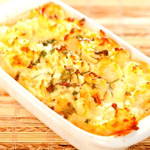 low carb cauliflower cheese bake FI