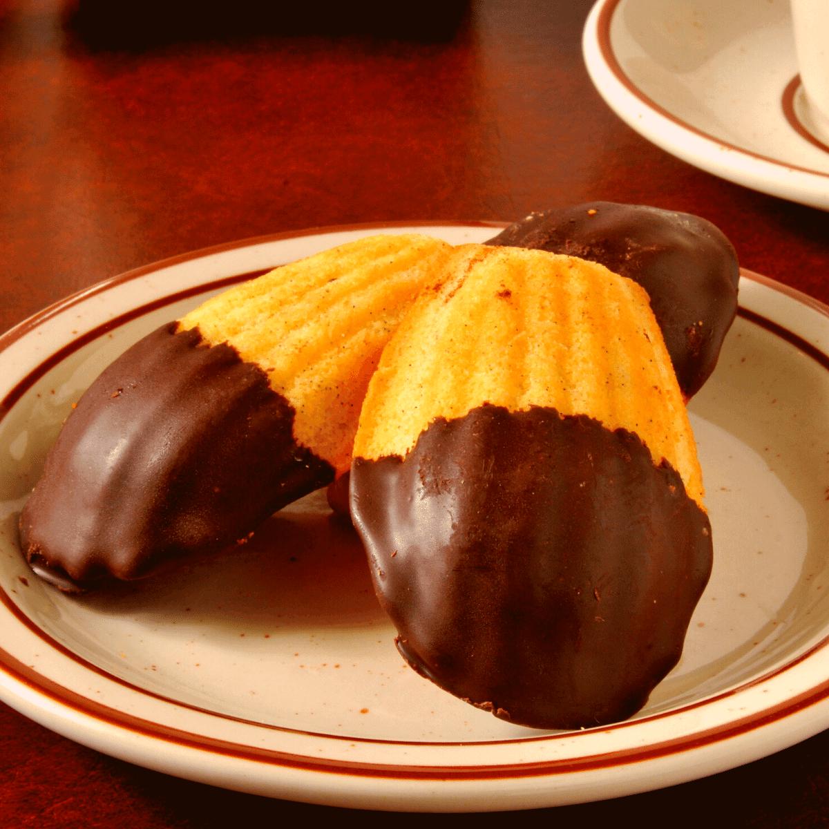 Low Carb Orange Madeleines FI