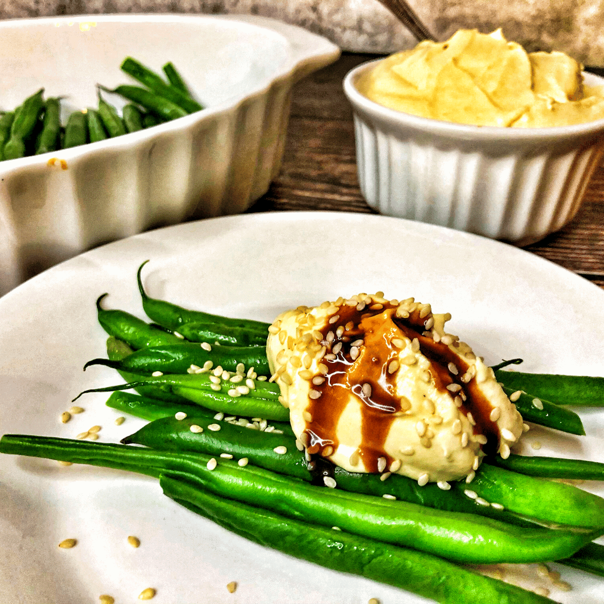 Low Carb Tahini Dijon Cream Green Beans FI