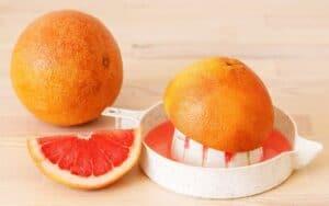 Squeezing Grapefruit juice