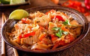 Chicken Pad Thai with Shirataki Noodles